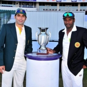 Misbah-Ul-Haq and Angelo Mathews with the Test Series Trophy