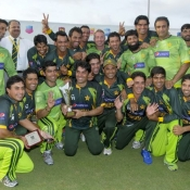 Pakistan team celebrate after winning the ODI series against West Indies