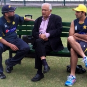 Chairman PCB Mr. Shaharyar Khan went over to meet Saeed Ajmal & Saqlain Mushtaq after their rehab session Tuesday afternoon at the Gaddafi Stadium Lahore