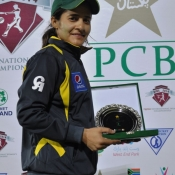 Javeria Khan receives player of the match award against Ireland Women