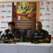 Misbah-ul-Haq and Dave Whatmore in press conference