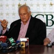 Chairman PCB Shaharyar M. Khan during press conference at Gaddafi Stadium Lahore, October 10, 2014
